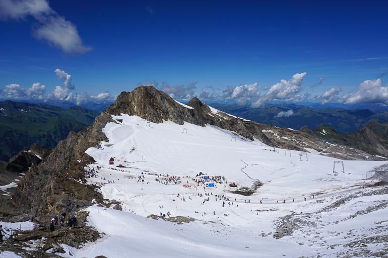 Vista del ice arena desde la plataforma panorámica. glaciares austriacos